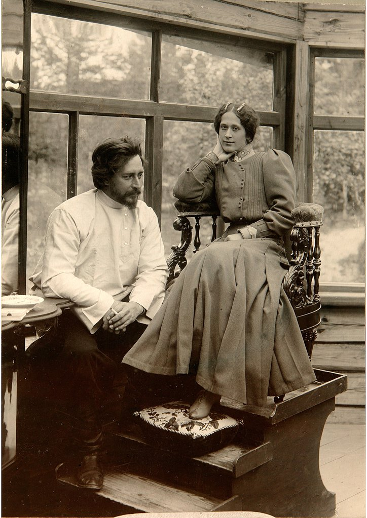 Author Leonid Andreyev with his wife Alexandra Michailovna by Bulla, Karl Karlovich (1853-1929)/State Museum of History, Moscow/1905/Silver Gelatin Photography/Russia/Portrait : Stock Photo