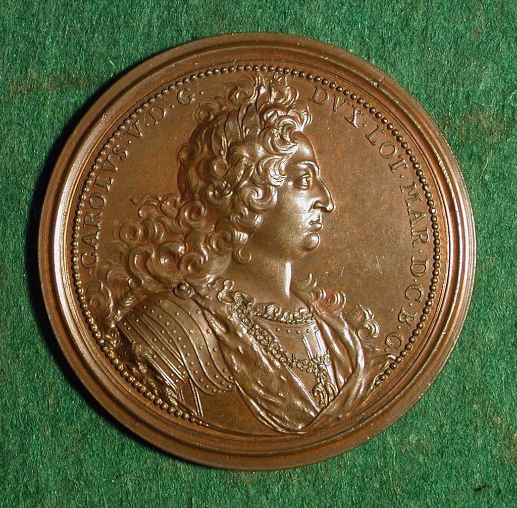 Stock Photo: 4266-7414 Medal with Charles V by Ferdinand de Saint Urbain, bronze, circa 1686, 1658-1738, Private Collection, D 5,8