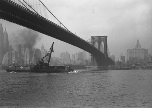 Stock Photo: 4267R-3847 Brooklyn bridge and Manhattan skyline, New York City, USA, (B&W)