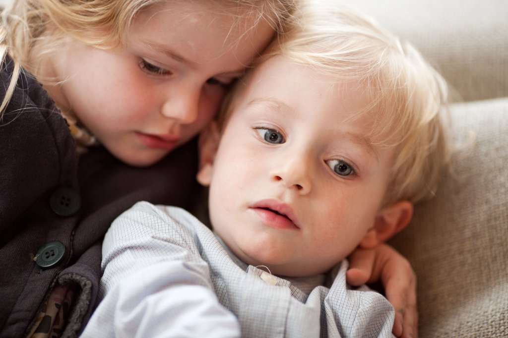 3 and 5 years old brother and sister. : Stock Photo
