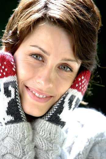 Stock Photo: 4269-3427 Woman in cold weather.