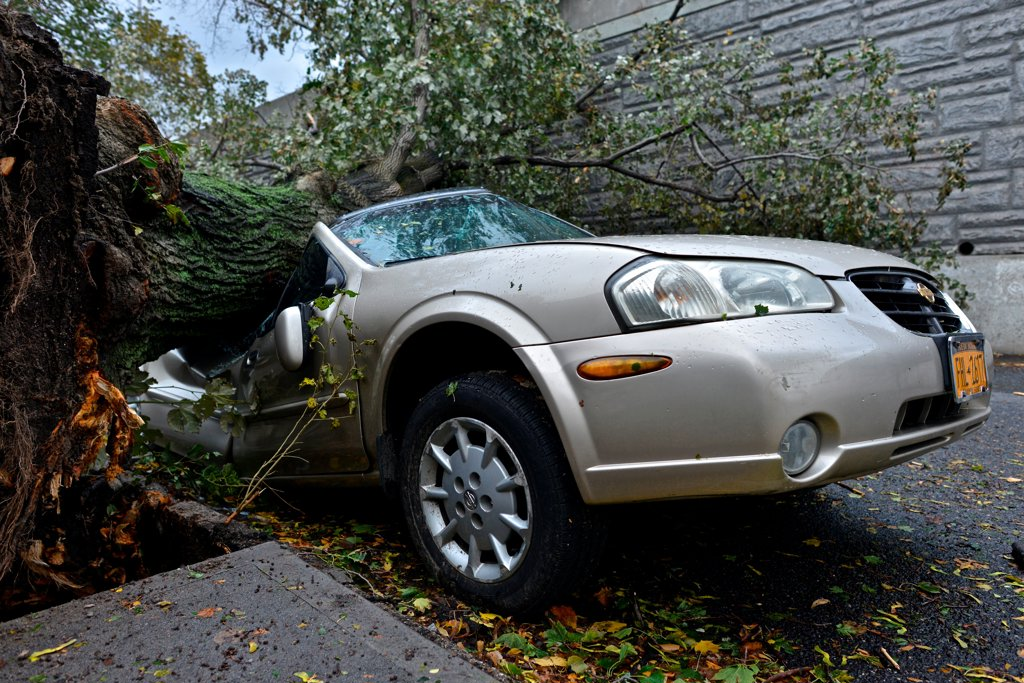 Stock Photo: 4271-1149 USA, New York City, Queens, Aftermath of tropical hurricane Sandy, October 30, 2012