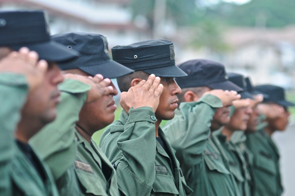 Stock Photo: 4271-1297 Uniformed officers saluting, Panamanian National Police forces, Panama