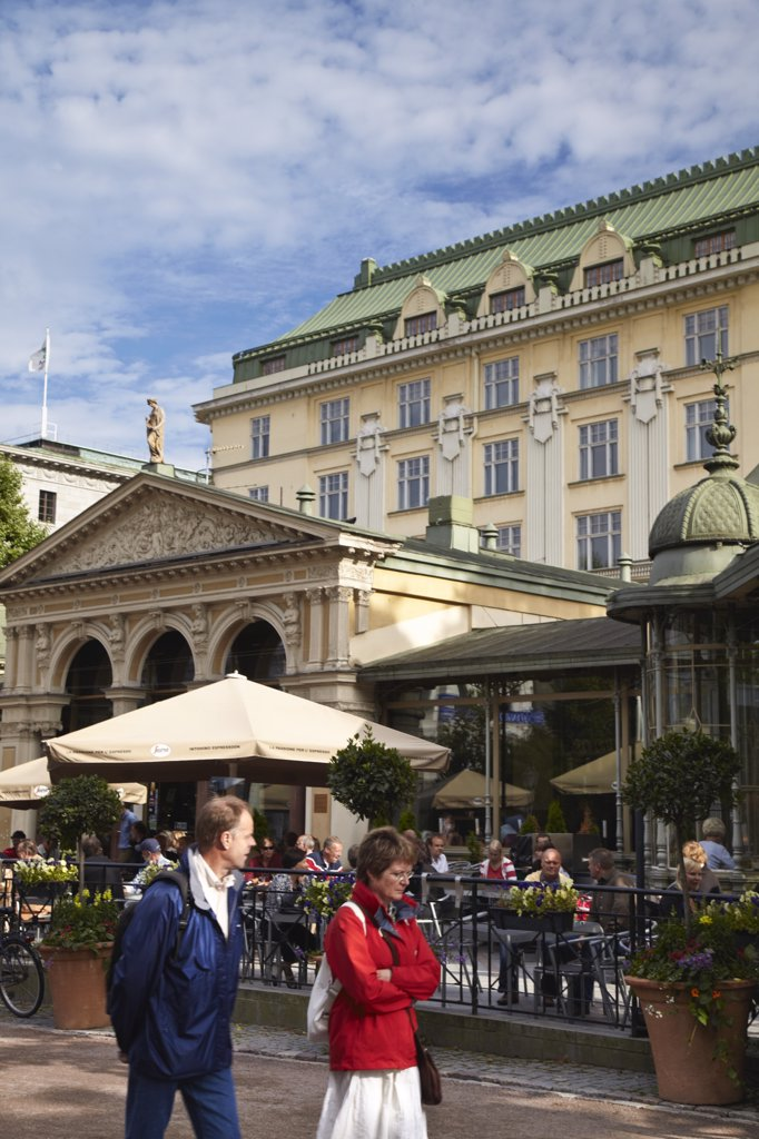 Stock Photo: 4272-11053 People walking past Kappeli cafe in Esplanadi Park, Helsinki, Finland