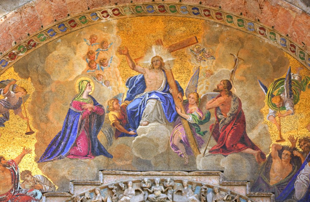 Stock Photo: 4272-15172 Italy, Veneto, Venice; The Resurrection of Christ depicted on the main Archway to the entrance of the Basilica di San Marco