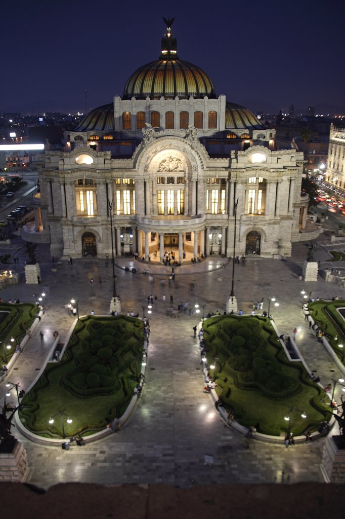 Stock Photo: 4272-21001 Mexico, Mexico City. Palacio de Bellas Artes ('Palace of Fine Arts') is the premier opera house of Mexico City. The building is famous for both its extravagant Beaux Arts exterior in imported Italian white marble and its murals by Diego Rivera, Rufino Tamayo, David Alfaro Siqueiros, and Jos_ Clemente Orozco.