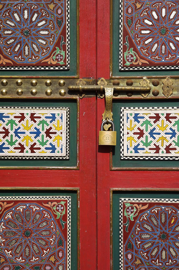 A colourful painted doorway in the old medina of Casablanca. : Stock Photo