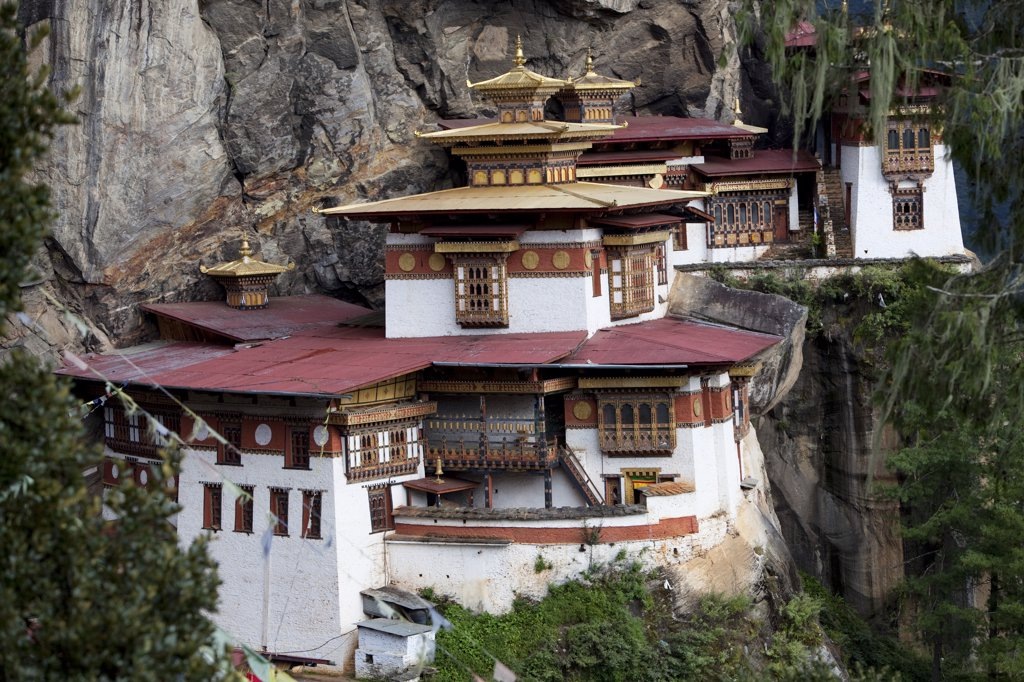 The Paro Taktsang or Tigers Nest in the Himalayan Kingdom of Bhutan : Stock Photo