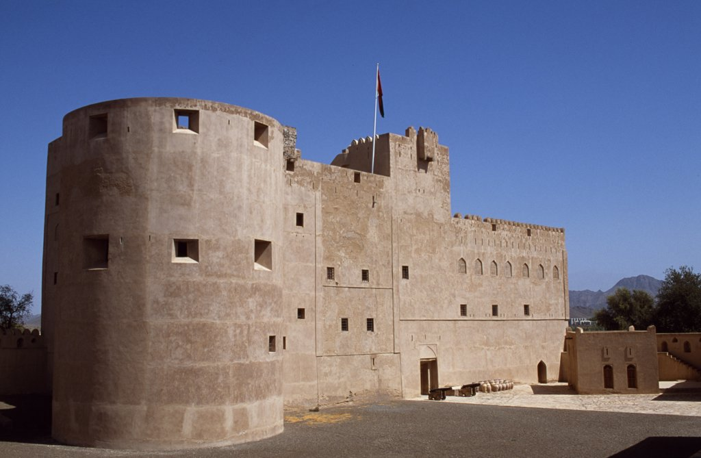 Stock Photo: 4272-24903 Jabrin Castle is a striking blend of defensive architecture and sophisticated artistry.  The palace at Jabrin was built around 1670 AD at the height of the Ya'aruba dynasty as a seat of learning for students of Islamic jurisprudence, medicine and astrology.