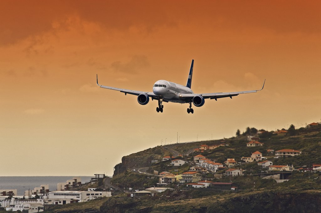 Stock Photo: 4272-26421 Portugal, Ilha, da Madeira, Funchal, Eiras. Boeing 757-200 of Finnair lands at Funchal Airport