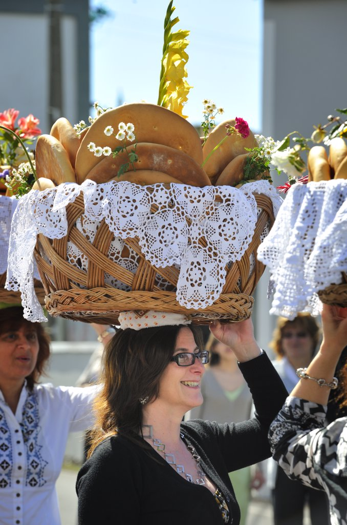 Stock Photo: 4272-26705 Holy Spirit (Espirito Santo) festivities at Bandeiras. This kind of bread, called Vesperas, is a delicacy. Pico, Azores islands, Portugal
