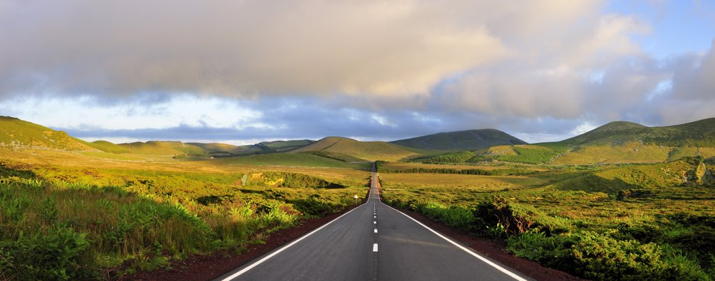 Stock Photo: 4272-26753 An empty and solitary road . Flores, Azores islands, Portugal