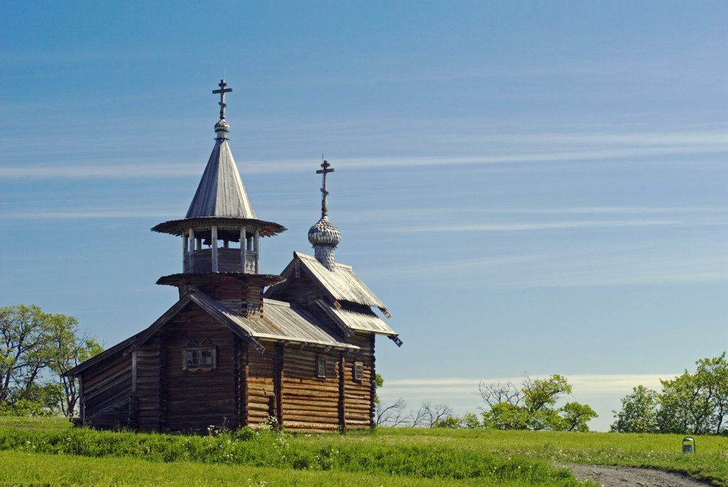 Russia, Karelia, Lake Onega, Kizhi Island. Church of Resurrection of Lazarus. : Stock Photo