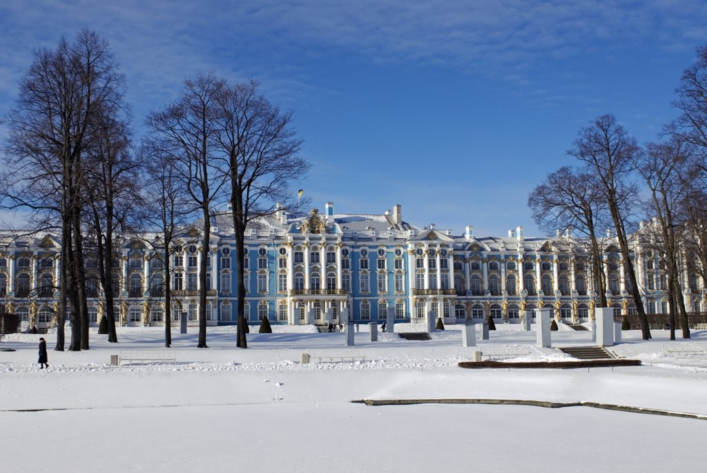 Stock Photo: 4272-27049 Russia, St Petersburg, Tsarskoye Selo (Pushkin). Catherine Palace was commissioned by the Empress Elizabeth and built by the Italian architect Rastrelli, and was finally finished in 1756. During the reign of Catherine the Great, the interior of one wing was redesigned by the Scottish architect Charles Cameron who also constructed a number of additional buildings in the extensive park.
