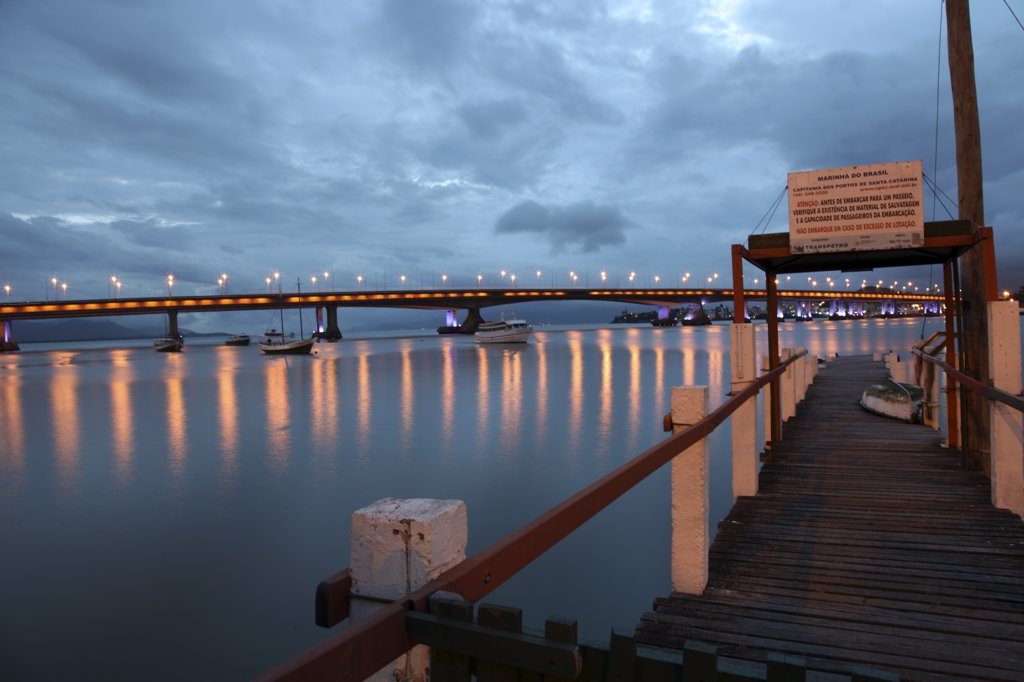 Stock Photo: 4272-3357 The Pedro Ivo Bridge in Florianopolis, connecting the island of Santa Catarina with the main land.