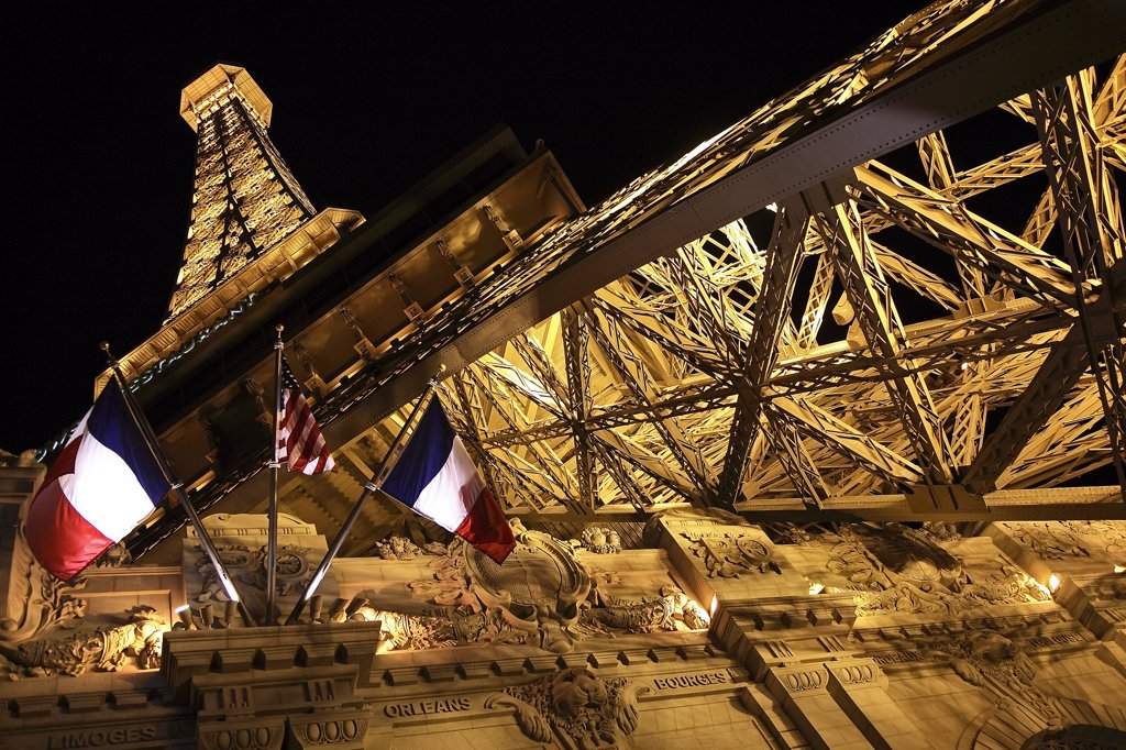 Stock Photo: 4272-34560 United States of America, Nevada, Las Vegas, Replica of the Eiffel Tower, part of the Paris Hotel complex.