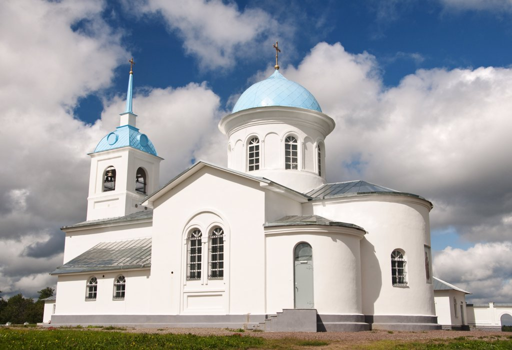 Stock Photo: 4272-39237 Pokrovo-Tervenichesky Monastery, Leningrad region, Russia