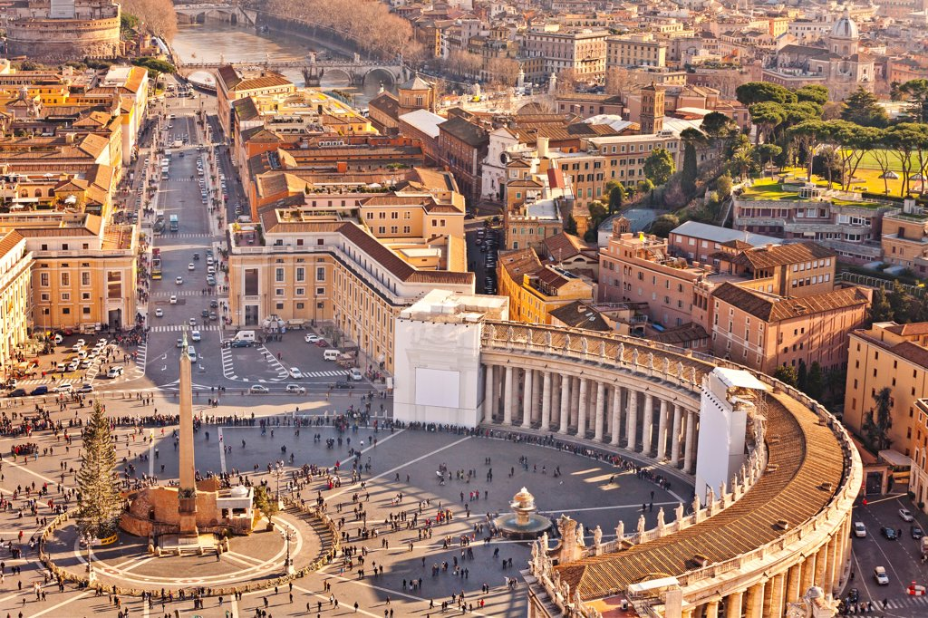 Stock Photo: 4272-40603 Cityscape from dome, St peters Square, Rome, Lazio, Italy, Europe.