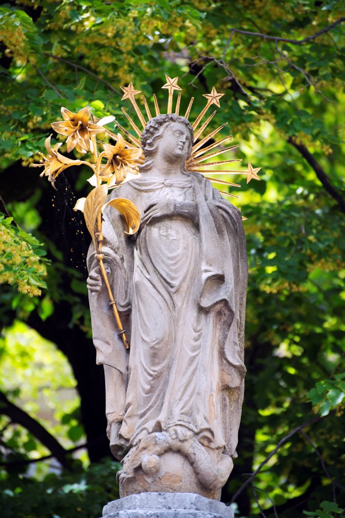 Stock Photo: 4272-41775 Europe, Germany, Freiburg, Baden Wurttemberg, religious statue