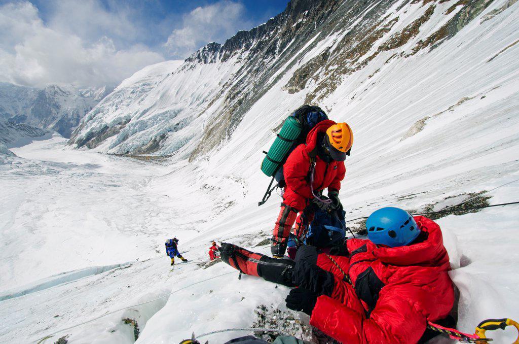 Asia, Nepal, Himalayas, Sagarmatha National Park, Solu Khumbu Everest Region, climbers on the Lhotse Face : Stock Photo