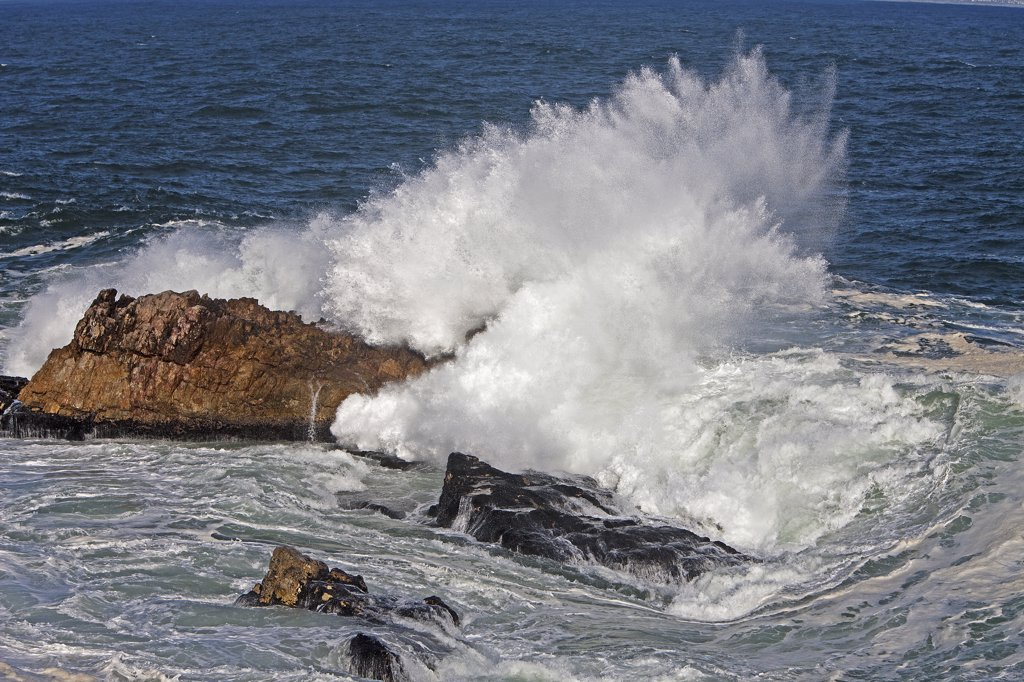 Stock Photo: 4273-14284 Waves, Coast At Hermanus In South Africa