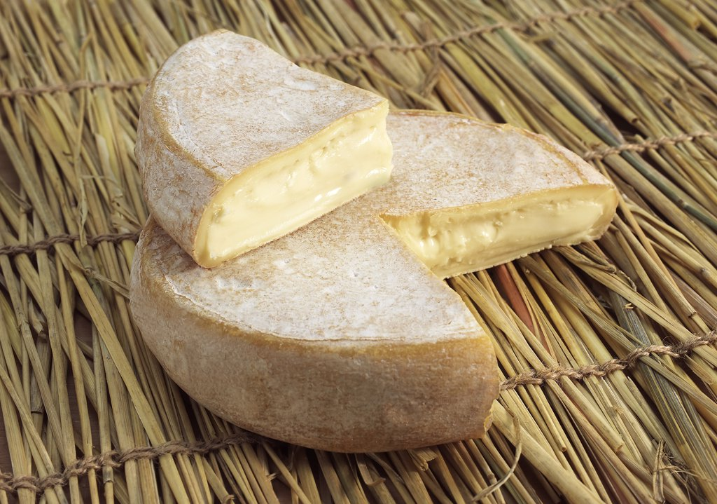 Reblochon, French Cheese from Savoie produced from Cow's Milk : Stock Photo