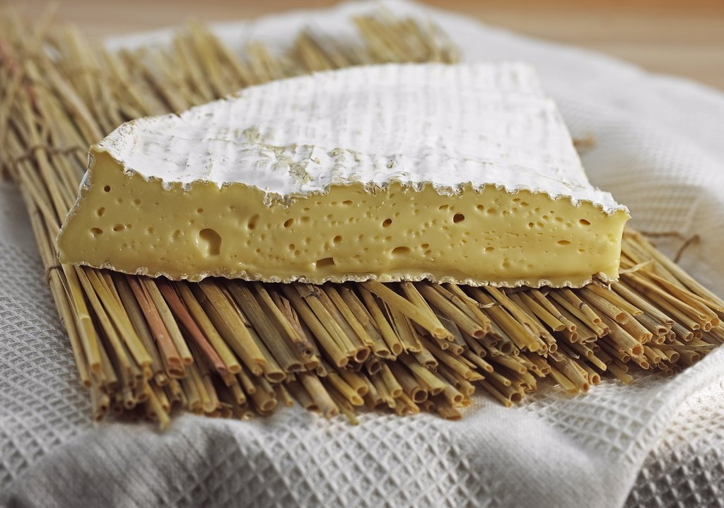 Stock Photo: 4273-17772 Brie de Meaux, French Cheese made with Cow Milk