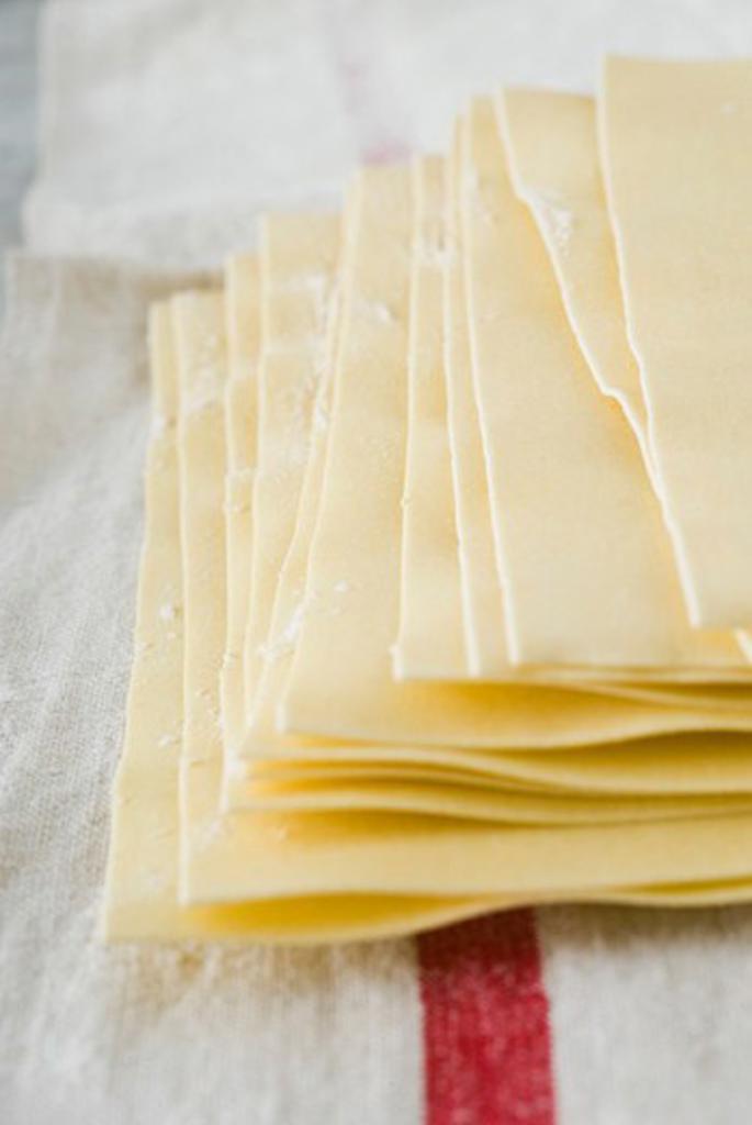 Stock Photo: 4277-1384 Fresh lasagna noodles