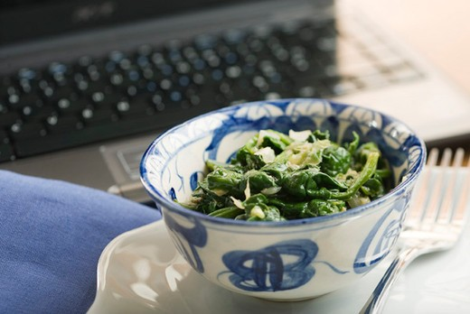Stock Photo: 4277-1523 Sauteed spinach with onions and ginger