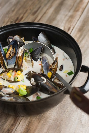 Stock Photo: 4277-1722 Sweetcorn and mussel chowder
