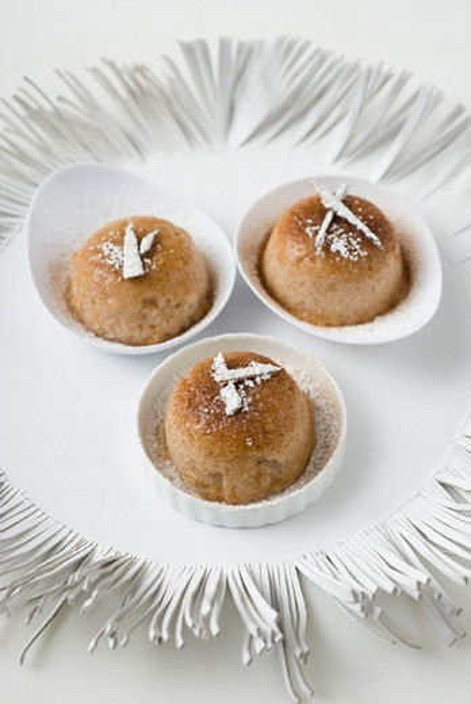 Cinnamon and coconut tapioca cake : Stock Photo