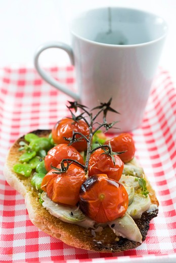 Toast with spring vegetables : Stock Photo