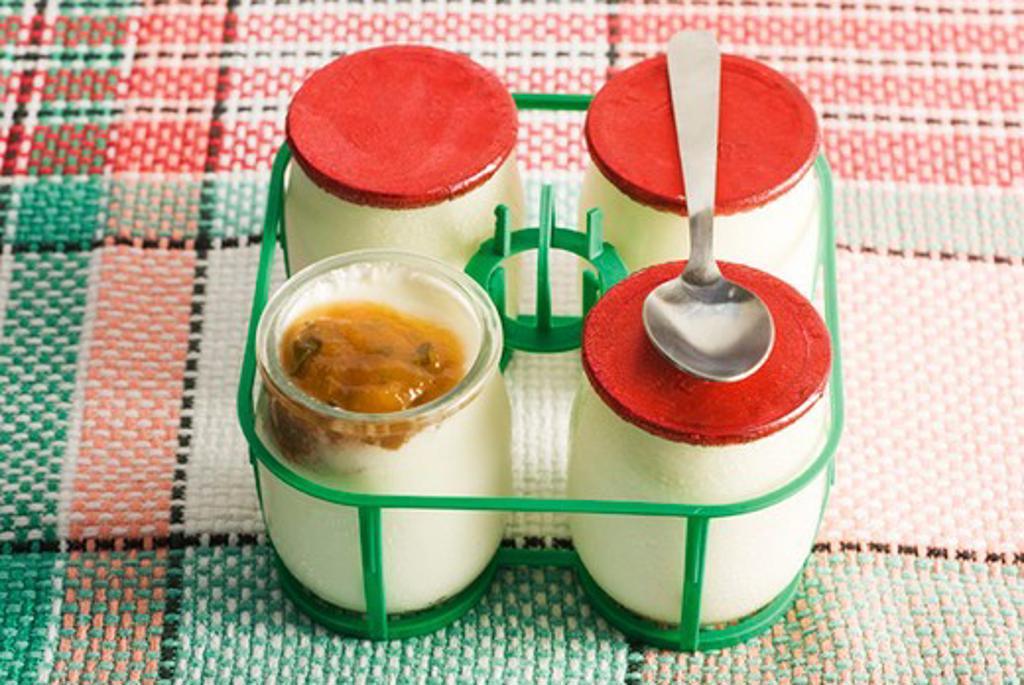 Stock Photo: 4277-2343 Yogurt with melon and basil jam