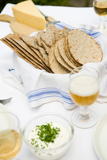 Stock Photo: 4277-2875 Crisp bread and cheese