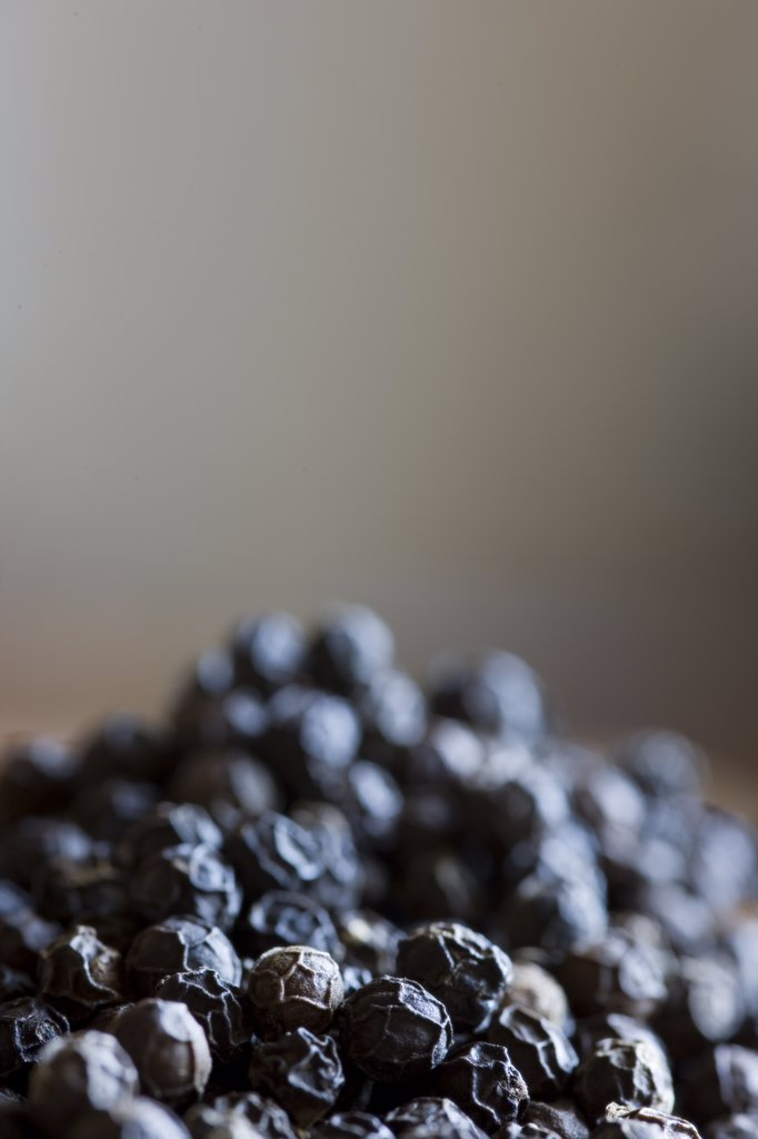 Close up of pile of black peppercorn : Stock Photo