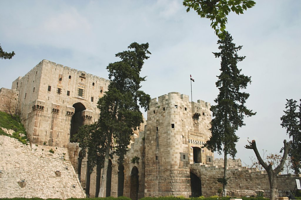 Stock Photo: 4279R-57796 Syria - Citadel of Aleppo
