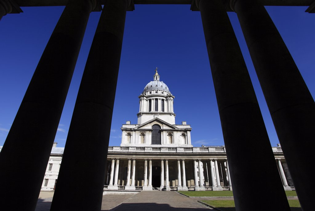 England, London, Greenwich. The Old Royal Naval College, the great baroque masterpiece of English architecture, set in landscaped grounds on the River Thames. : Stock Photo