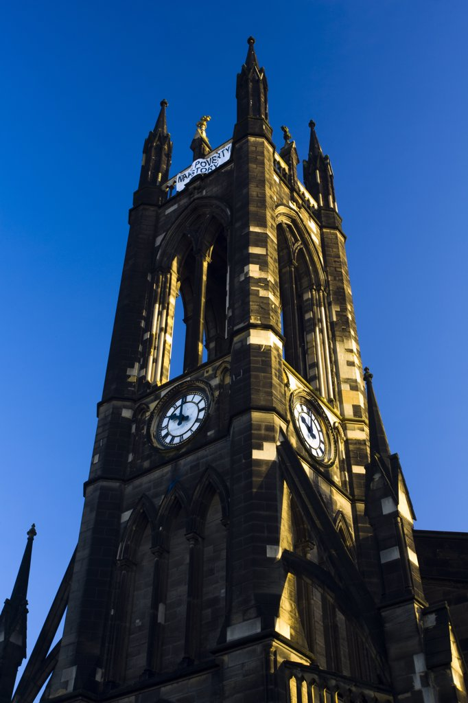 England, Tyne and Wear, Newcastle upon Tyne. The St. Thomas' church near the Haymarket of Newcastle Upon Tyne, was built in 1839 upon the site of St. Mary Magdalene, a former 12th century Leper Hospital. : Stock Photo