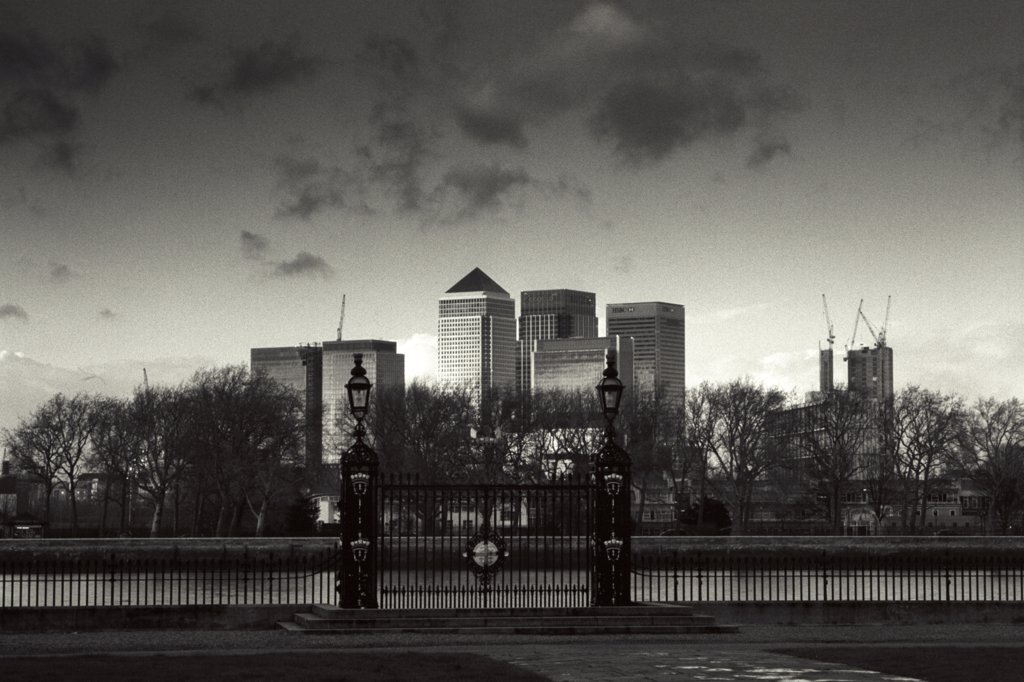 Stock Photo: 4282-13315 England, London, Greenwich. A view of Docklands from Greenwich University.