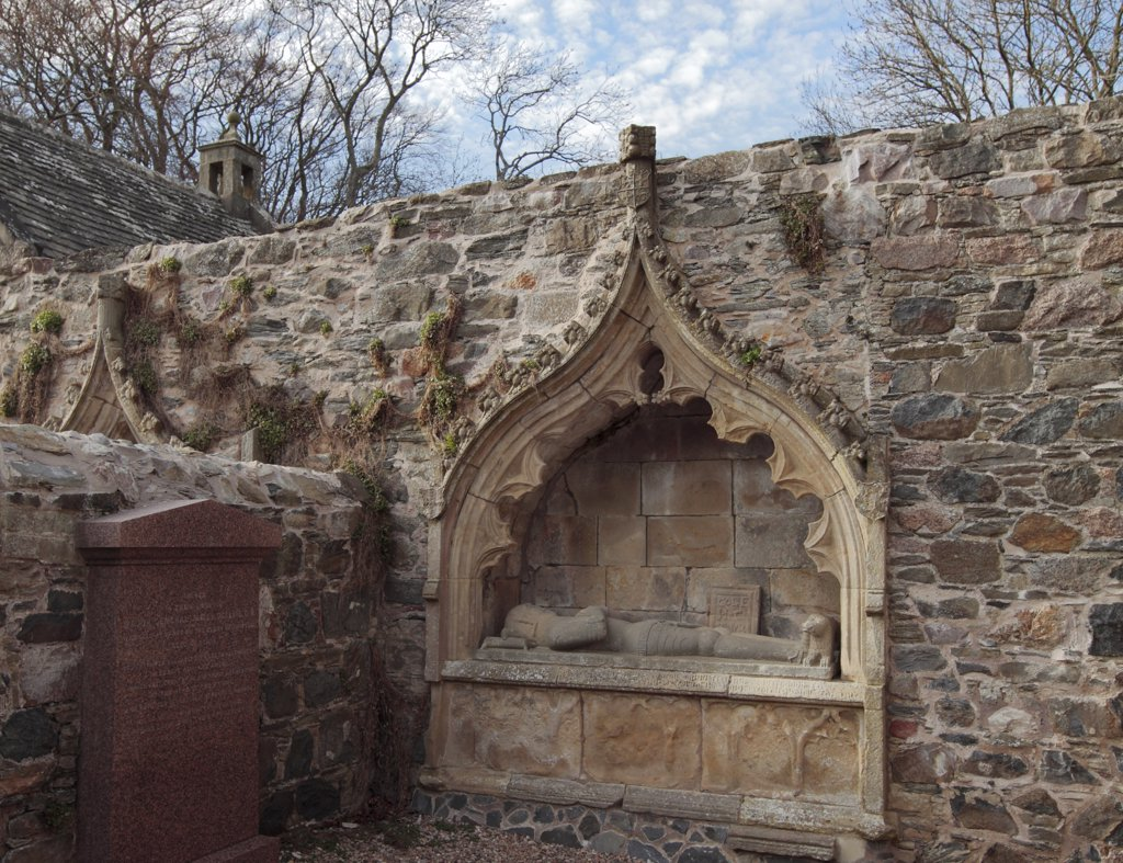 Stock Photo: 4282-13428 Scotland, Aberdeenshire, Fordyce. Findlater and Boyne Tomb dating from 1510 in Fordyce Kirkyard.