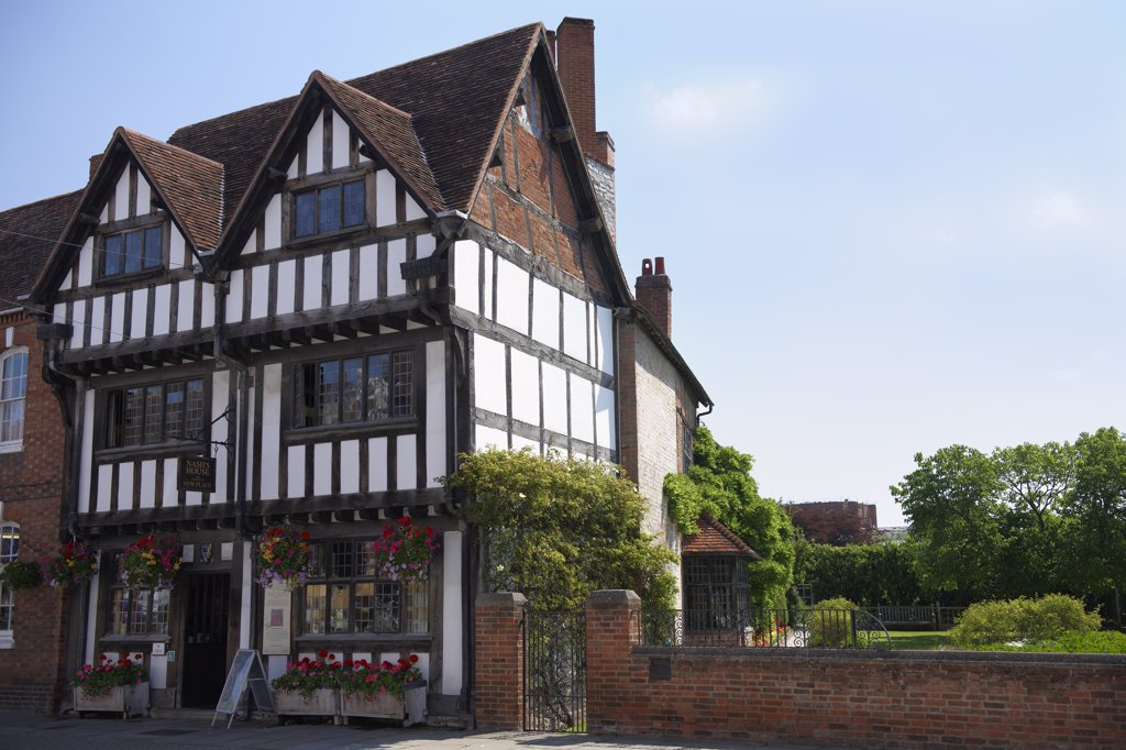 England, Warwickshire, Stratford-upon-Avon. Nash's House and New Place. : Stock Photo