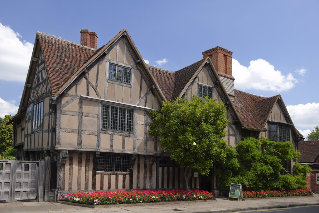Stock Photo: 4282-1372 England, Warwickshire, Stratford-upon-Avon. Hall's Croft, once the home of Shakespeare's daughter Susanna.