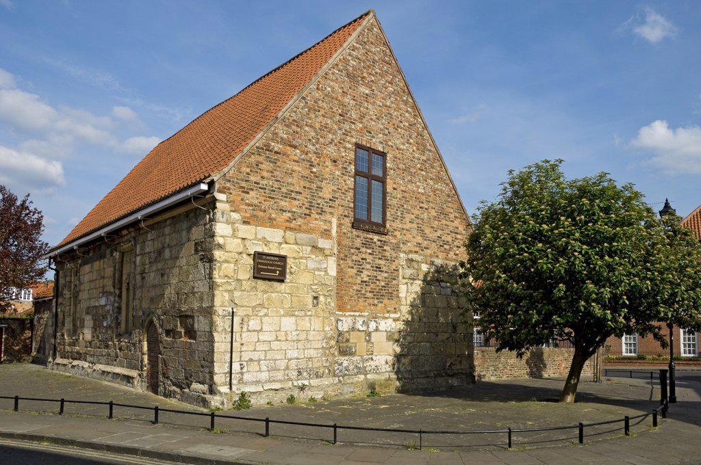 England, North Yorkshire, York. St Andrews Evangelical Church in Spen Lane. : Stock Photo
