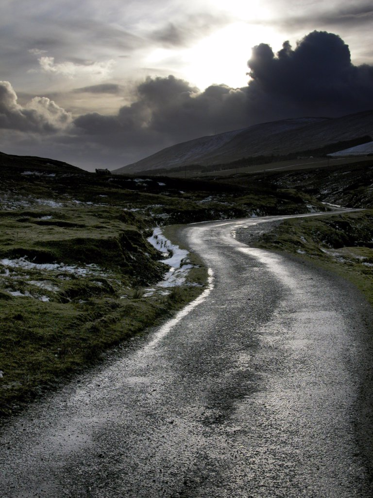 Stock Photo: 4282-20055 Scotland, Shetland, Kergord. Winding road at Kergord on Shetland.