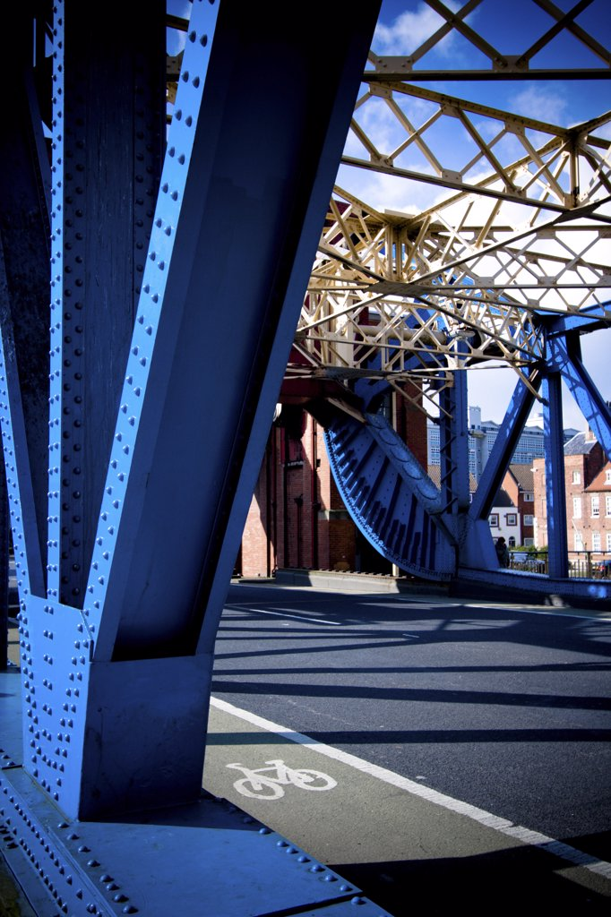 Stock Photo: 4282-21170 England, East Yorkshire, Kingston Upon Hull. A detailed view of the blue steel on the Drypool Bridge in Kingston Upon Hull.