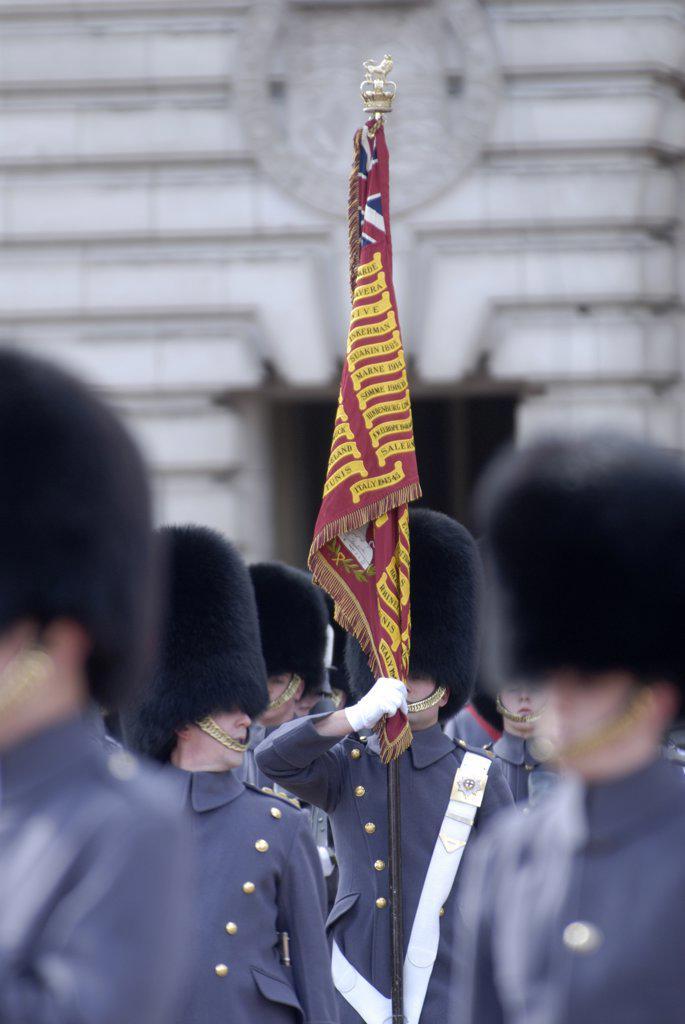 England, London, Buckingham Palace. Changing the guard at Buckingham Palace. : Stock Photo