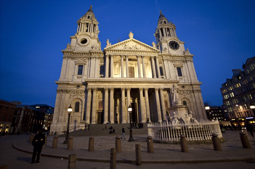 Stock Photo: 4282-22531 England, London, St Paul's. St Paul's Cathedral lit up at night in London.