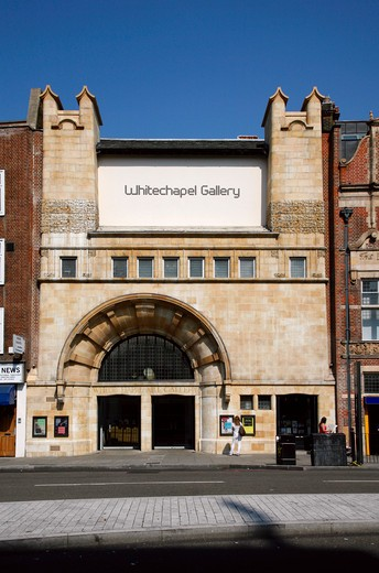 England, London, Whitechapel. Exterior of the Whitechapel Gallery. : Stock Photo