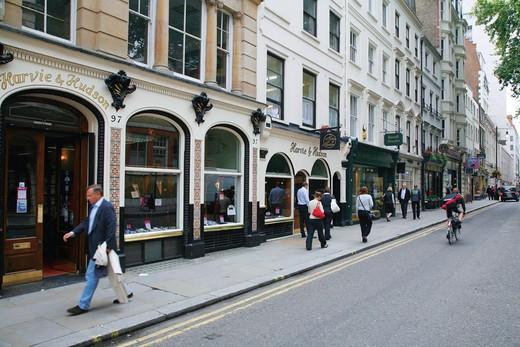 England, London, Jermyn Street. A view along Jermyn Street. : Stock Photo