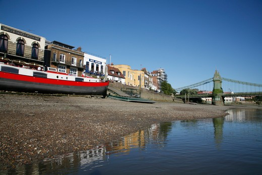 Stock Photo: 4282-24775 England, London, Hammersmith. The River Thames at Hammersmith Bridge and Lower Mall.